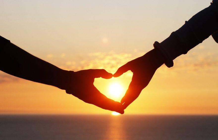 Зачем гадать на любовь